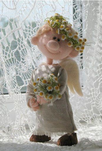 Видео курс по созданию куклы из шерсти «Ангел в ромашках»