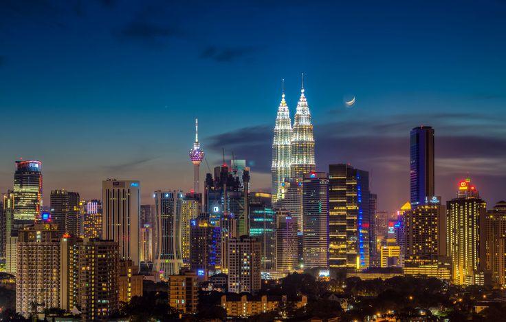 Куала Лумпур, (2-9 Май) в 5***** хотел само от 1423 лева