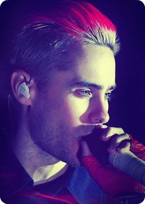 THIS PHOTO MAKES ME FEEL ATTACKED • Jared Leto
