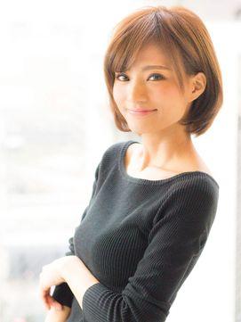 綺麗なシルエットのショートボブ/AFLOAT JAPAN アフロート ジャパン をご紹介。2015年秋冬の最新ヘアスタイルを20万点以上掲載!ミディアム、ショート、ボブなど豊富な条件でヘアスタイル・髪型・アレンジをチェック。