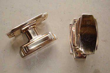 1000 images about antique door knobs handles on for 1930s brass door handles