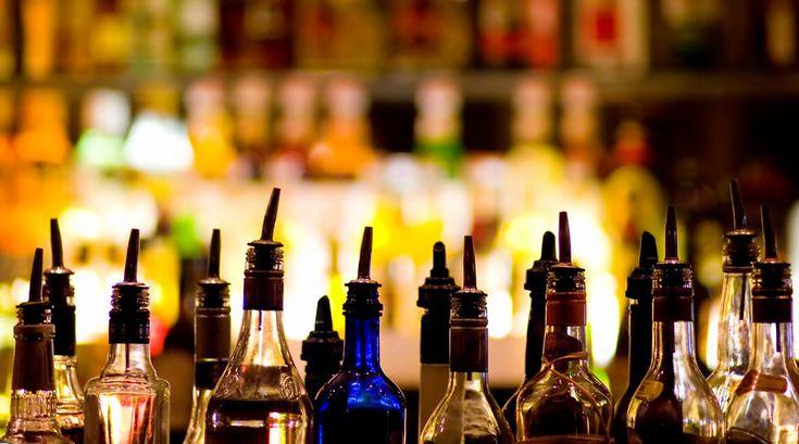 6 Pocket-Friendly Bars Across Delhi/NCR #divasays #delhi #drinks # bars to read more go to divasays.in