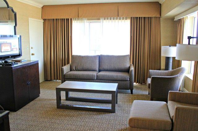 Hyatt Regency Bellevue: Luxury Hotel Near Seattle