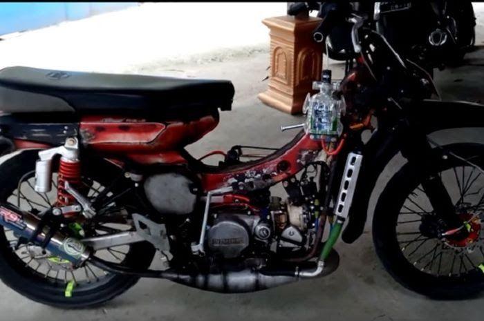 Gambar Motor Ninja 2 Tak Modif Ngeri Yamaha Jadul Pakai Mesin Ninja 2 Tak Gridoto Com Download 10 Gambar 7 Gambar Modifikasi Di 2020 Ninja Mobil Keren Motor Mobil