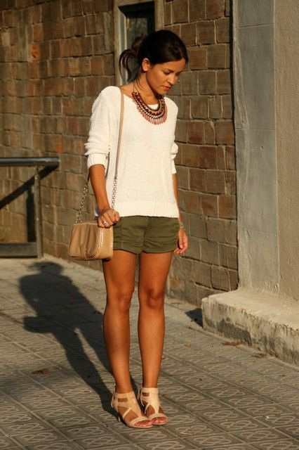 Short verde militar #1 | Inspiration-Mode | Pinterest | Shorts Summer and Business casual