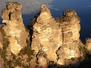 Three Sisters In The Blue Mountains Australia (click to view)