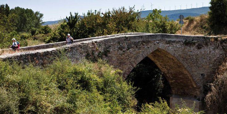 Puente sobre el río Elorz, Salinas de Ibargoiti, Navarra, Camino Aragonés