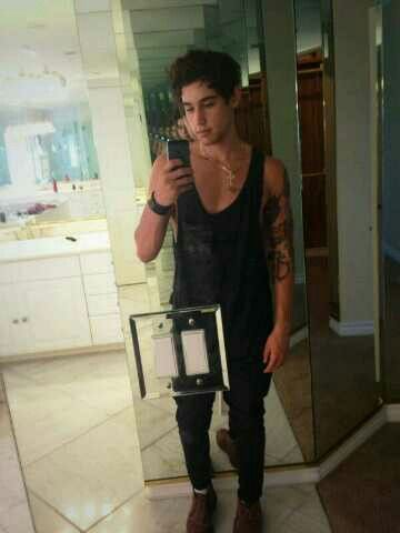 Jai Brooks - The Janoskians :)