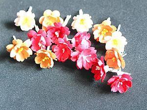 handmade paper flowers. tutorial.