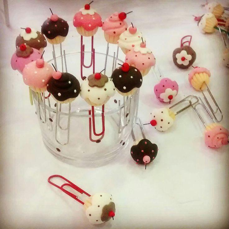 Cute Cupcake pins ✨