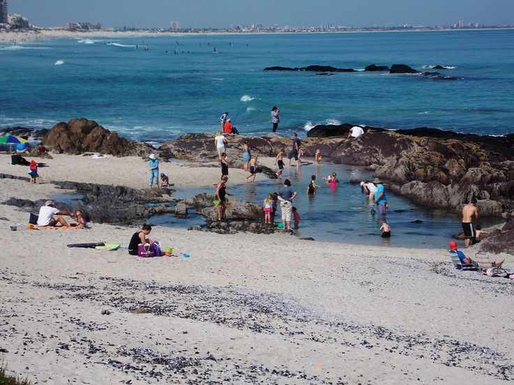 Low Tide Enjoying The Safety Of The Rock Pools Of Bloubergstrand Beach Cape Town Cape The