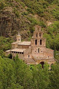 El monestir de Santa Maria de Gerri està situat a la vila de Gerri de la Sal, a la comarca del Pallars Sobirà, dins de l'antic municipi de Gerri de la Sal.