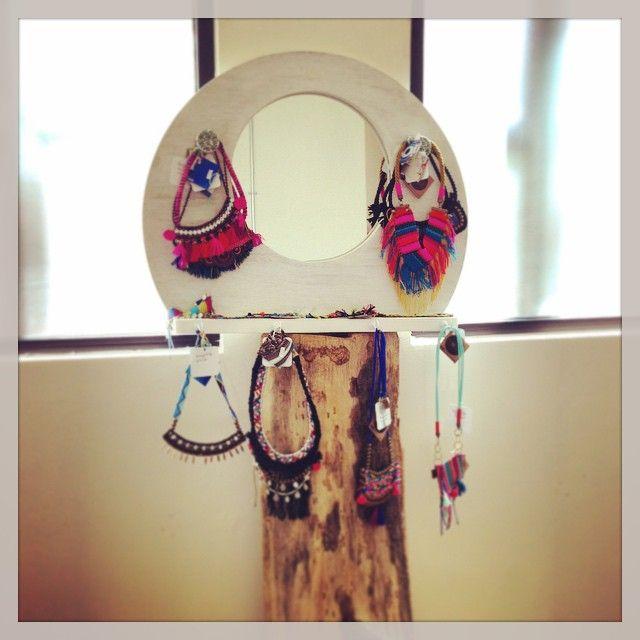 Collares hechos a mano con diseños mexicanos Handmade necklace with totaly mexican designs