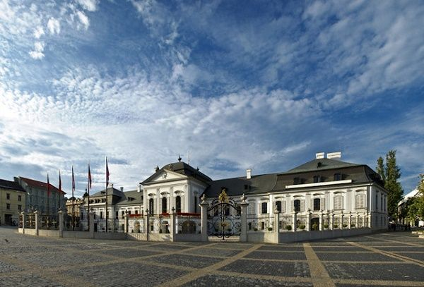 A Culture Guide To Bratislava On A Backpackers Budget Bratislava Budget Vacation Travel
