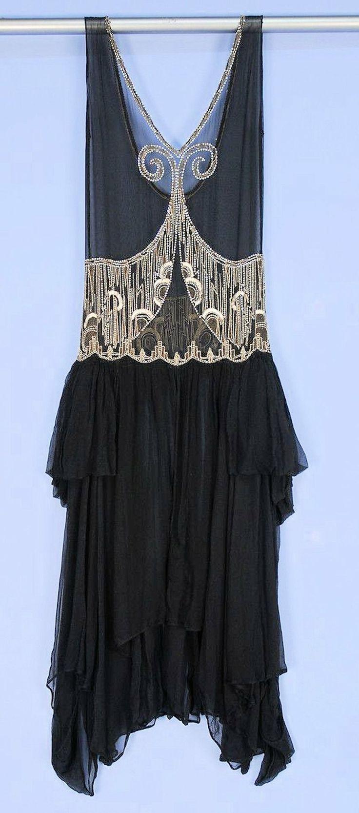 1920s Deco beaded chiffon dress sold at Whitaker Auctions, via Husk, du skal dø.