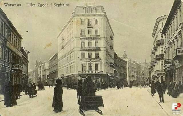 Narożnik ulic Zgoda i Szpitalnej w r.1905