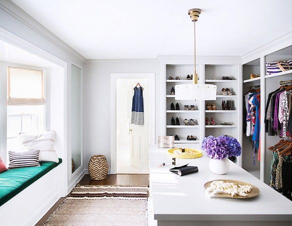 Love the layout of this closet space!