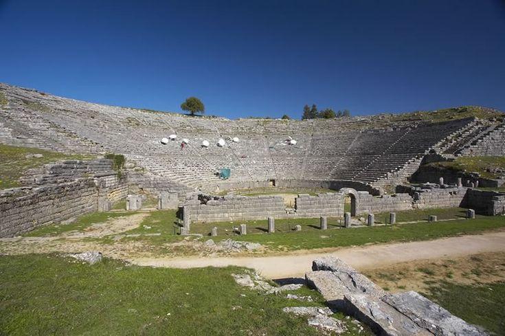 Αncient theater of Dodoni / Αρχαίο θέατρο Δωδώνης
