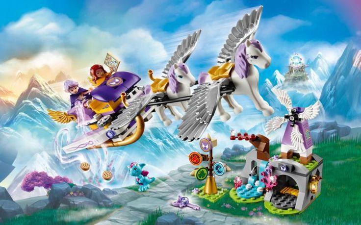 De reusachtige LEGO Aira's Pegasus Slee met uitklapbare vleugels staat klaar voor vertrek. Met deze set van LEGO Elves zoekt je kind de magische windsleutel samen met de 2 minifiguren Aira Windwhistler en Azari Firedancer. De twee gevleugelde paarden Starshine en Rufus trekken de slee de wolken in. Aira doet er alles aan om haar vriendin Emily terug te vinden. - olgo.nl speelgoed