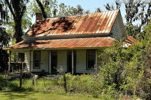 819 best old and abandoned houses images on pinterest for Old deep house