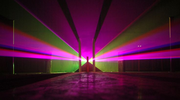 "#art #installation ""Vector Space"" by Jason Haebich is awesome, creating #3D structures with light. http://www.jaysonh.com/vector.html"