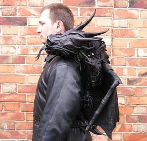 Awesome leather dragon backpack by Bob Basset.  Want one so bad.  The actual link to this on HIS blog is http://bobbasset.com/archives/244