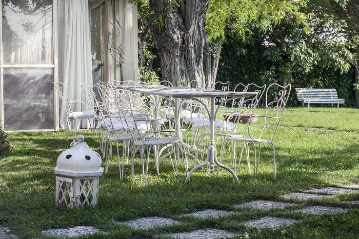 Comodamente seduti in giardino!
