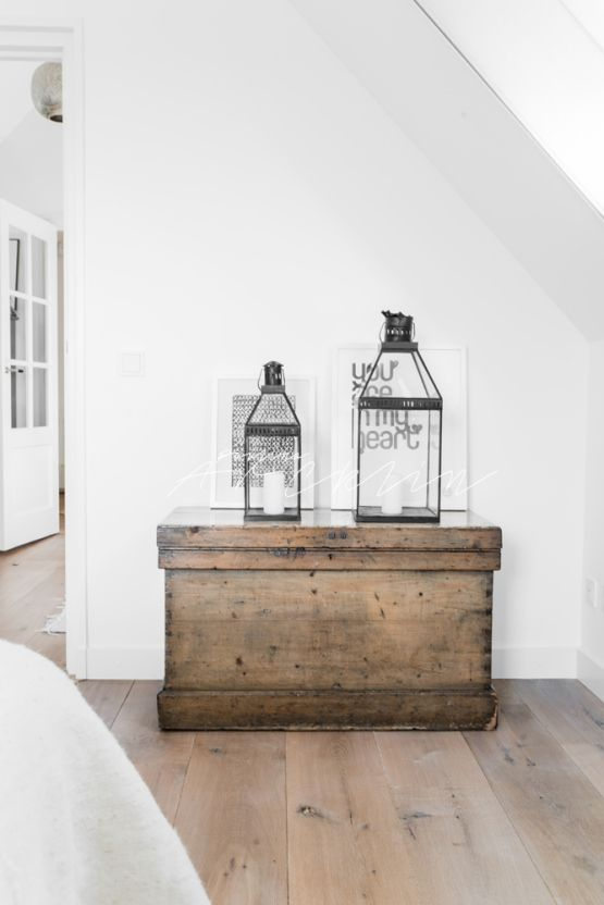Post: Blanco, madera natural y estampados étnicos ---> inspiracion interiores estilo nordico, scandinavian interiors, estilo rustico, distribucion diafana, cocinas modernas blancas