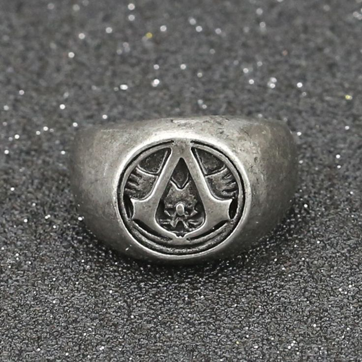 Assassins Creed Ring Master Logo Symbol Vintage Retro Altair Ezio Connor Desmond Grey Game Jewelry Wholesale