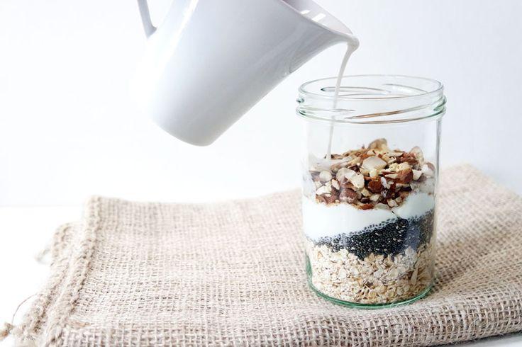 Gesundes Clean Eating Frühstück: Overnight Oats mit Haferflocken