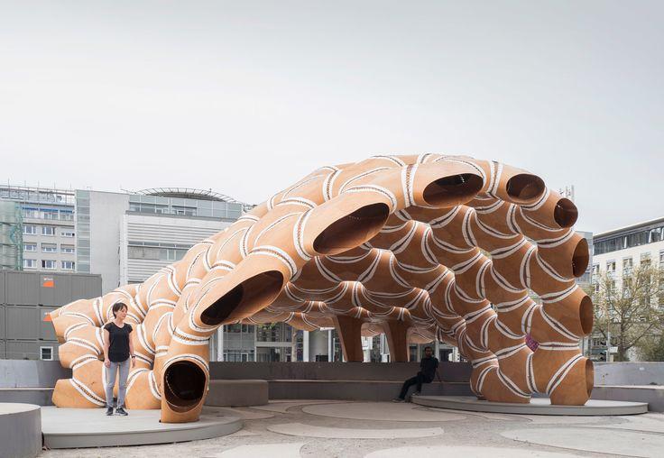 Holz nähen - Forschungspavillon der Universität Stuttgart