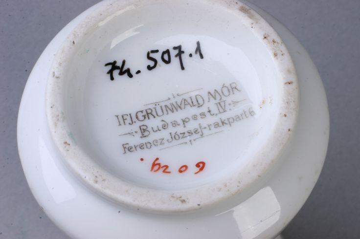 tejes kanna  [Magyar Kereskedelmi és Vendéglátóipari Múzeum]