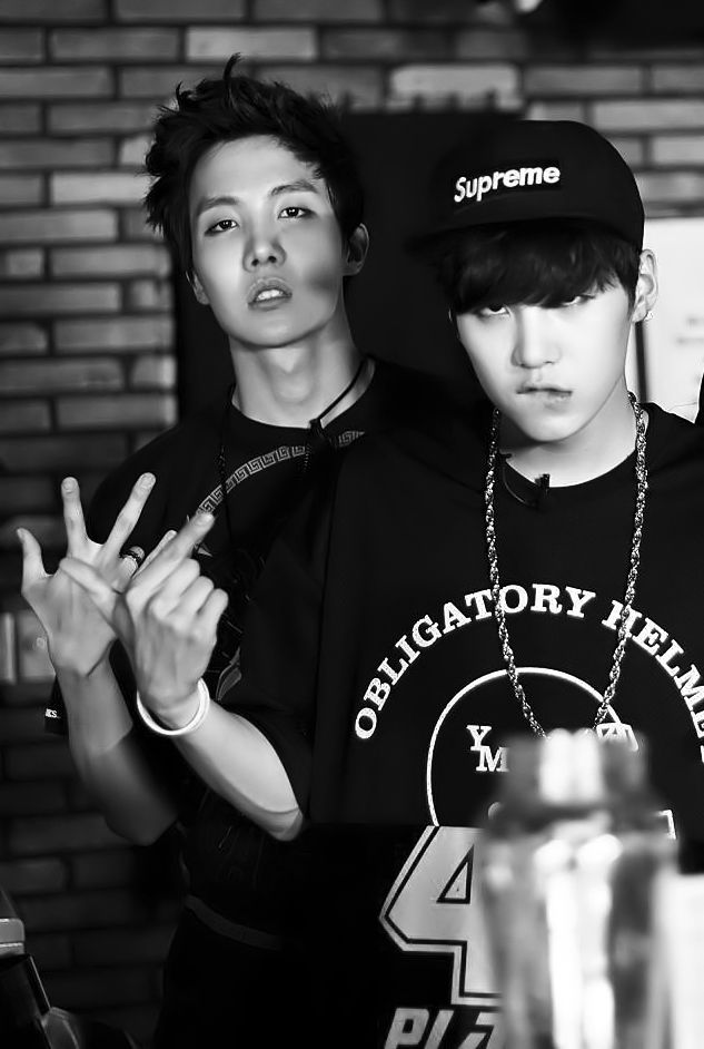 J-Hope & Suga / Is it weird that I like jhope's neck in this picture. Because I think so.....
