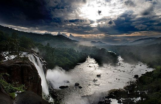 Athirapally Falls, Kerala. Photo credit: Wikimedia Commons