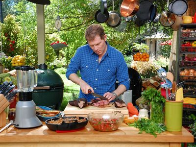 Superieur Love His Outdoor Kitchen For Barbeque Addiction · Bobby Flay ...