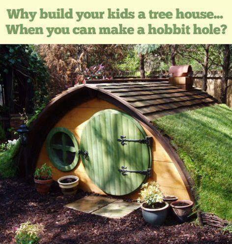 子供用のツリーハウス(木の上の小さな家)など、なぜ作るのですか?  ホビット(小説「ロード・オブ・ザ・リング」)の家も作ることができるのに?」  http://www.pinterest.com/pin/38984352996310392/ より