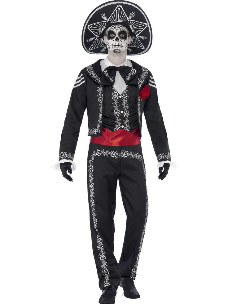 Sugar Skull -matadori. Tyylikkään koristeellinen Day of the Dead Sugar Skull -matadorin naamiaisasu on upea kokonaisuus. Tämä on hyvä esimerkki siitä, että myös naamiaisasussa voit näyttää herrasmiehelle. Voit asustaa naamiaisasusi oheistuotteista löytyvillä, yhteensopivilla tuotteilla ja olla bileiden tyylikkäin herrasmies!
