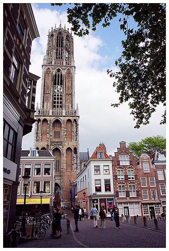 A Torre Dom, Utrecht, Países Baixos.  Fotografia:  suzette.