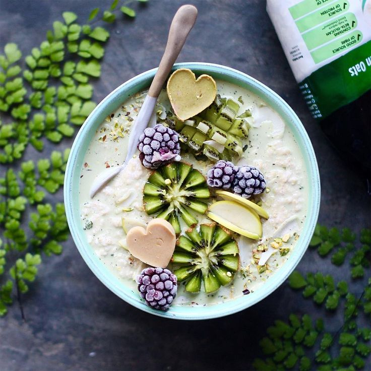 """3,706 Likes, 53 Comments - Kath And Jade. (@panaceas_pantry) on Instagram: """"Morning madness with matcha flavoured oats , made easier with the launch of  @sunsol_muesli new…"""""""