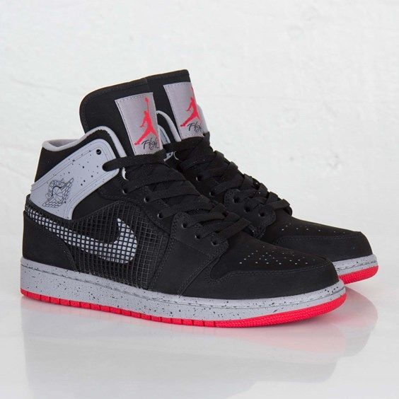 Not witch one this is or if this fake or real Jordan's?