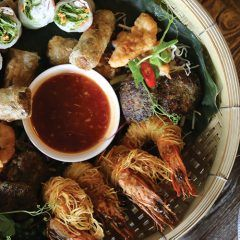 New Opening: Saigon -  It gets to this time of year, when the weather is warming up, and not only does one spare a thought for the bikini season ahead, but the humid weather has a way of making us crave a dinner that is equal parts fresh, light and gratifying. Enter Saigon — a new Kingsland eatery […]