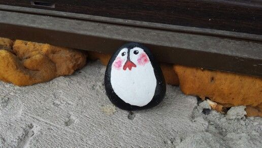 painted stone.  #mylolopengiun #childhoodcartoons