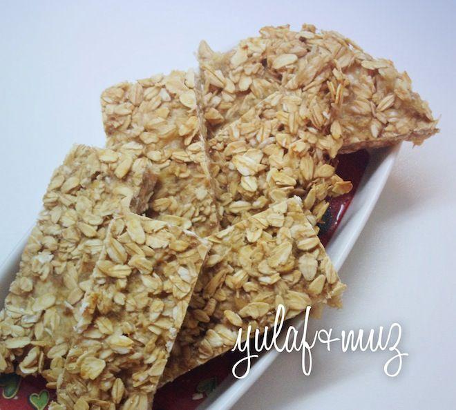 Yulaflı-Muzlu Bebek Bisküvisi-  Oatmeal and banana cookie for babies