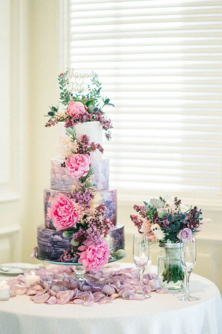 Ultra Violet Wedding Cake - Donna Lams Photo