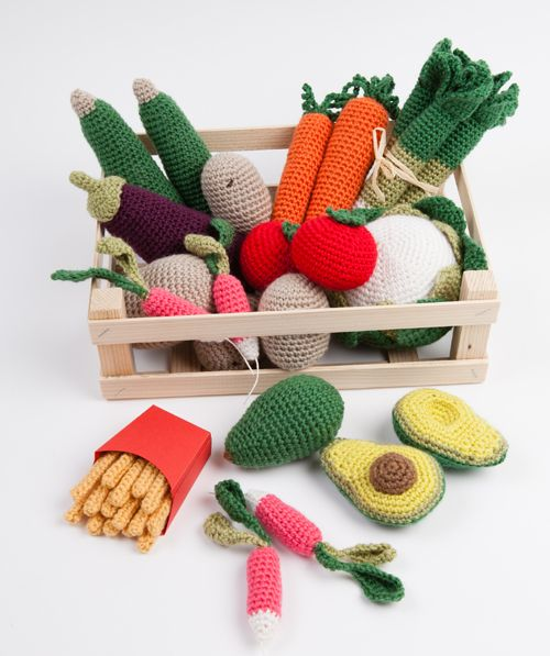 Chapitre 3 : Les légumes du jardin. Labourer, semer, récolter, ils sont beaux les légumes du jardin ! Ils pourraient même faire succomber les enfants qui boudent les légumes dans leur assiette…                                                                                                                                                                                 Plus