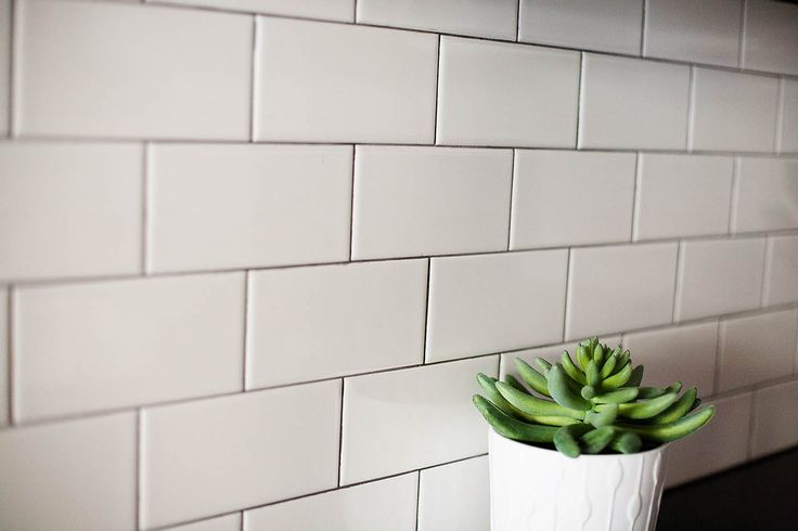 Subway Tile Backsplash With Mapei Charcoal Grout Grey