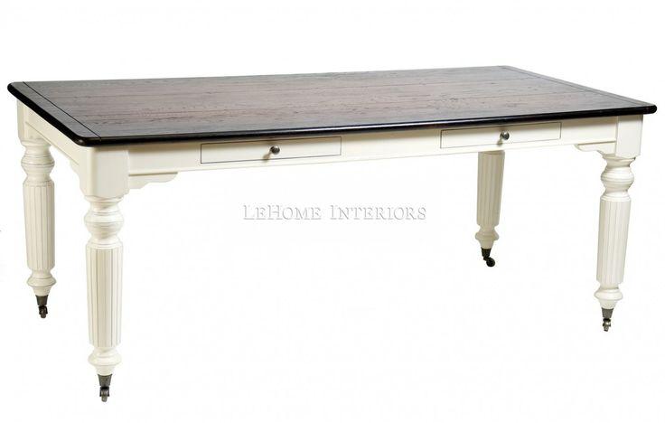Стол обеденный Keywest Dining Table. Большой обеденный стол ручной работы. Выполнен из массива дуба и берёзы. Ножки в  виде балясин с колесиками, для легкого перемещения в пространстве. 2   узких  ящика  с механизмами для плавного открывания.