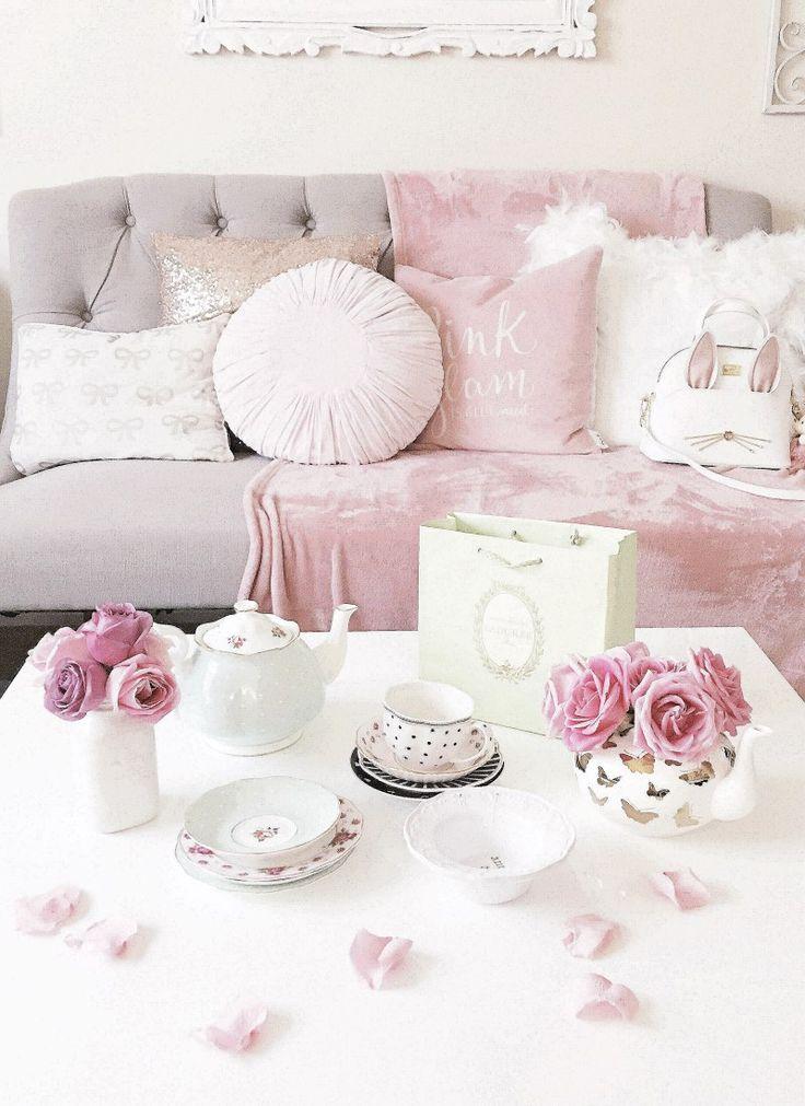 Feminine, romantic feminine, tea party, macaron, macaroons, laduree, lavish, this is glamorous, luxury, roses, blooms, feminine soft, that's darling