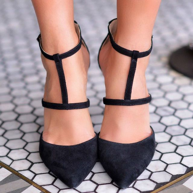 Nine West Pointed Toe Leather Pumps