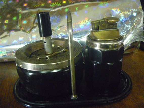 Roulette Ashtry Set  PushDown Ashtray  Found in France by TinTack, €45.00